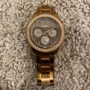 Women's rose gold Fossil watch